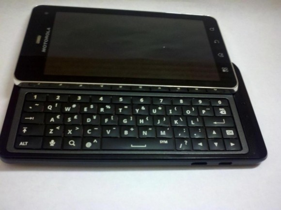 Motorola Droid the latest QWERTY Android 3